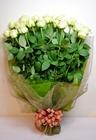 白のバラの花束