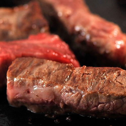 「松阪牛」&「宮崎牛」高級和牛食べ比べ!モモ・ステーキ用カット済み500g(各250g)※冷凍203z04515-1