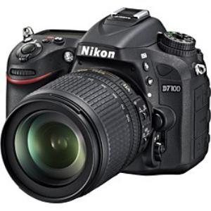 Nikon デジタル一眼カメラ D7100 18-105 VR レンズキット