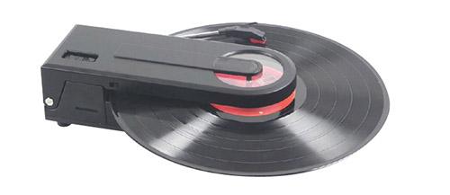 どこでもレコードが聴けるプレーヤー PT-208E