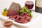 【送料無料】モルソー秋元さくら監修 赤ワインとオニオンのソースで食べるローストビーフ