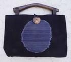 【送料無料】木の持ち手バッグ 1 1。1 紺・かすり 綿