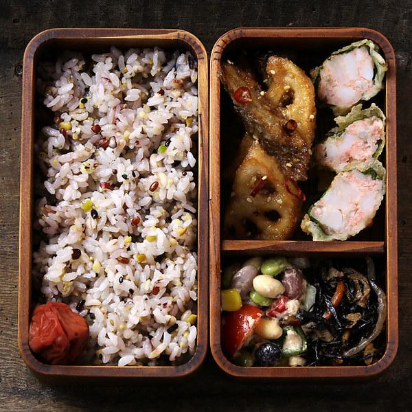 ニッポン雑穀の新時代へ。【送料無料】新タマチャンの国産30雑穀米 3kg(1kg×3袋) 1食で30品目の栄養へ新習慣。 白米と一緒に炊くだけでもちもち美味しい栄養満点のご飯が出来上がり 【三十雑穀 もち麦 大麦 えごま アマランサス】【無添加】