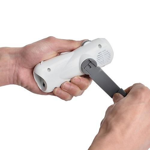もしもの時やアウトドアに!【送料無料】防災手回しラジオ 多機能 ソーラ 手回し 発電 LED ライト USB 通販