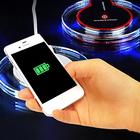 スマートフォンを置くだけ簡単充電!■LEDライト付きワイヤレス充電器[カラーランダム]【送料無料】 充電 ワイヤレス LEDライト iPhone Android スマートフォン スマホ用品 便利アイテム 人気商品 【内】