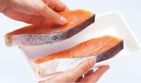 肉や魚はパックのまま「切れちゃう瞬冷凍」