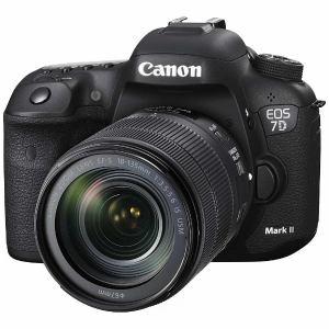 キヤノン EOS7DMK2-LWE1KIT デジタル一眼カメラ 「EOS 7D MarkII」 EF-S18-135 IS USM レンズキット W-E1