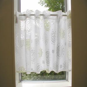 カフェカーテン オパールクレオ ホワイト 巾110cm×丈45cm