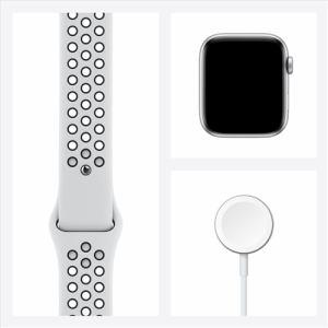 アップル(Apple) MYYH2J/A Apple Watch Nike SE(GPSモデル)- 44mmシルバーアルミニウムケースとピュアプラチナム/ブラックNikeスポーツバンド