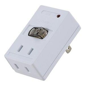オーム電機 雷ガードLEDスイッチ付タップ ホワイト HS-TMK2A2-W